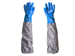 Chemical resistant universal sleeved gloves